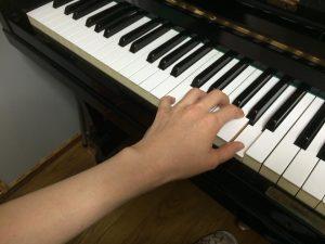 ピアノのラ
